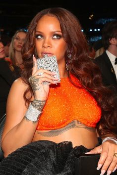 Rihanna Sips From a Flask During the Grammys, Continue to Be a Legend Among Us