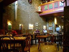 Medici cafe in Chicago's Hyde Park, where much of Luck takes place.