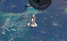 Atlantis Space Shuttle – HD Background Wallpaper