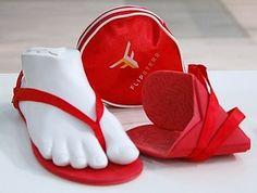 http://www.die-welt-der-schuhe.de/artikel/id/4906/flipsters-damenschuhe-faltbare-ballerinas-und-sandalen.aspx