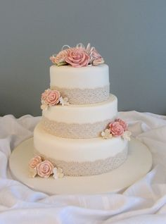 Lace Wedding Cakes fit into any wedding theme, and are a classic choice that will never go out of fashion.