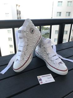 Very stylish and comfortable shoes with pearlsYou can choose your wedding dress or dailyPlease send a message for your inquiries Wedge Heel Sneakers, Lace Sneakers, Sneaker Heels, Women's Shoes, Bling Shoes, Converse Wedding Shoes, Wedding Heels, Pearl Shoes, Comfortable Sneakers