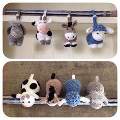 Irresistible Crochet a Doll Ideas. Radiant Crochet a Doll Ideas. Crochet Baby Toys, Crochet Gifts, Crochet Dolls, Baby Knitting, Love Crochet, Crochet For Kids, Crochet Yarn, Crochet Animal Patterns, Crochet Animals