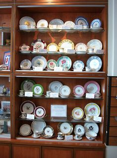 White House replica china - Richard M Nixon Presidential Museum and Library by dctim1, via Flickr