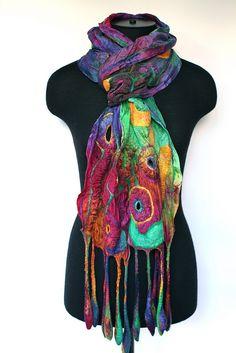 Nuno Felted Scarf    50/50 extra fine Australian merino wool / mulberry silk, ponge silk fabric. - no instruction but your fantasy