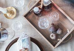 Pikkujoulut.. Mikä ihana tekosyy kattaa pöytä koreaksi ja kutsua ystäviä kylään! <3 Christmastime!  Pre-christmas, tablesetting ideas, christmas, crystal details  Laatikkokauppa