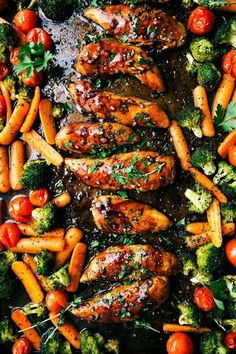 Healthy Dinner Recipes Discover 12 Sheet Pan Meals For Easy Weeknight Dinners Recipes: Sheet Pan Balsamic Chicken and Veggies. Lunch Recipes, Healthy Dinner Recipes, Cooking Recipes, Cooking Time, Healthy Meals, Keto Recipes, Easy Recipes, Pan Cooking, Healthy Food