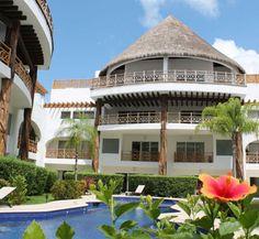 Common areas and one of the pools. Quadra Alea. Playa del carmen Real Estate Area.