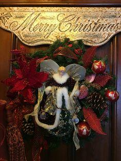 Victorian Christmas Victorian Christmas, Christmas Home, Christmas Wreaths, Victorian Homes, Seasons, Holiday Decor, Home Decor, Decoration Home, Room Decor