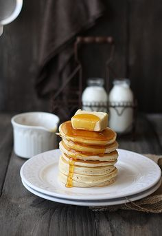Pancakes Recipes Summary : Basic pancake recipe Preparation time: 5 minute(s) Cooking time: 5 minute(s) Number of servi. Breakfast And Brunch, Breakfast Recipes, Breakfast Healthy, Morning Breakfast, Health Breakfast, Perfect Breakfast, Sunday Brunch, Think Food, I Love Food