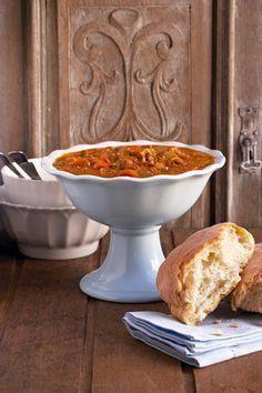 Boontjie-&-lamskenkel-sop (maal op sy eie) | SARIE | South African Dishes, South African Recipes, Soup Recipes, Cooking Recipes, Recipies, Cooking Ideas, Good Food, Yummy Food, Tasty