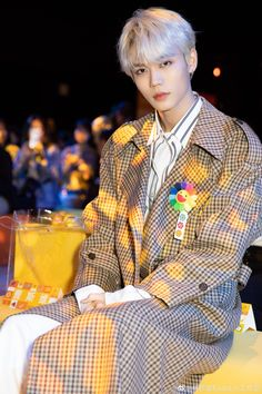 Chinese Boy, Asian Boys, Prepping, Idol, China, Random, Fashion, Moda, Asian Guys