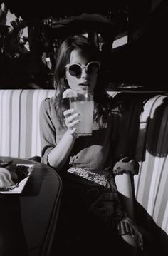 ana kras, summer drinks, vintage summer, ana kraš, black white, shade, sunglasses, fruity drinks, lemon