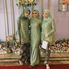 Inspired from kameliariska Model Kebaya Brokat Modern, Kebaya Modern Hijab, Kebaya Hijab, Kebaya Dress, Kebaya Muslim, Muslim Dress, Dress Brukat, Hijab Dress Party, Hijab Style Dress