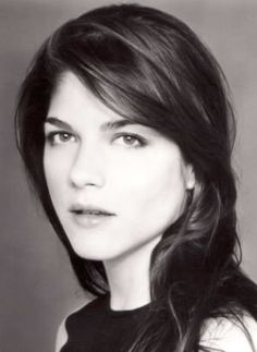 """Selma Blair """"She's not completely unfortunate looking"""""""