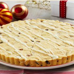 Free festive choc chip shortbread recipe. Try this free, quick and easy festive choc chip shortbread recipe from countdown.co.nz.