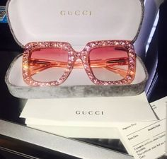 accessories, gucci, and sunglasses image Cute Jewelry, Jewelry Accessories, Fashion Accessories, Fashion Clothes, Jewelry Necklaces, Hipster Kunst, Sacs Louis Vuiton, Lunette Style, Mode Ootd