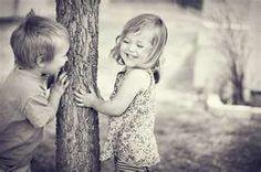 little kids in love i love it
