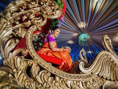 Want to have an extraordinary bridal entry for your wedding?Check out our amazing bridal entry ideas.Make a grand bridal entry at your wedding with some new styles. Desi Wedding, Wedding Bride, Wedding Ideas, Wedding Games, Bride Entry, Bridal Shower Prizes, Janmashtami Decoration, Indian Bridal Sarees, Hindu Bride