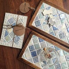 限定商品 ブルーMIX ミニ取っ手付きティートレイ ルーメン ティートレイ タイルクラフト | ハンドメイドマーケット minne Diy And Crafts, Coasters, Tiles, Mosaic, Ceramics, Creative, Projects, Handmade, Decoration