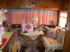 I ♥ the look in my vintage '64 OASIS trailer!
