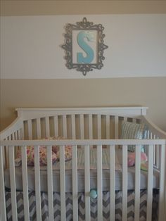 chevron bed skirt, blue or pink mattress cover, white bumpers and wooden letter = absolutely perfect.