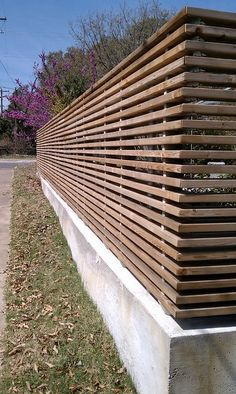Wood Fence Design, Modern Fence Design, Privacy Fence Designs, Wooden Fence, Outdoor Spaces, Outdoor Living, Backyard Gates, Fence Landscaping, Garden Fencing
