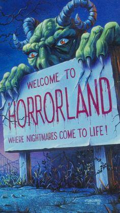 Come a little bit closer …. Halloween Horror, Halloween Art, Vintage Halloween, Halloween Night, Halloween Wallpaper Iphone, Fall Wallpaper, Horror Artwork, Photocollage, Horror Movie Posters
