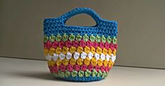 This Cluster Stitch Bag Is One Of The Cutest Projects I've Seen!
