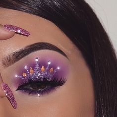 "985 Likes, 8 Comments - L U X E L A' R O S E ✨ (@luxelarose) on Instagram: ""@nasiabelli used our 'Rouge Pink' glitter pigment for this perfect look✨ ・・・ Inspired by…"""