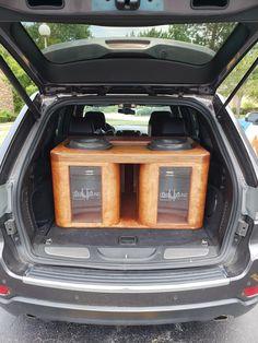 Install complete 2 Sundown on a ampre audio 7500 Custom Subwoofer Box, Subwoofer Box Design, Audio Box, Car Audio Installation, Vanz, Car Audio Systems, Audio Sound, Speaker Design, Car Humor