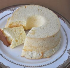 Chiffon Cheesecake (Light and Spongy) | The Baking Bee