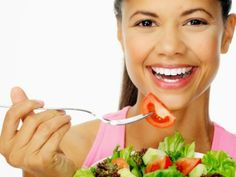 A healthy eating is more than important, is healthy for your body and you also want to feed your face, in order to get a healthy skin and beautiful at the same time. These foods are rich in vitamins, low fat, minerals, which restore, moisturize your skin, it stays healthy, elastic, and free of acne. Add these foods in your diet, as well as being healthy, you will keep your body in good shape with a face clean, healthy and beautiful.