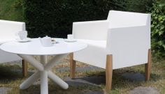 Serralunga (kubrick chair) @ glottman anteprima arrives in various colors and three sizes for indoor and outdoor environments.