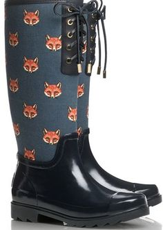 i just died. yes, fox boots.