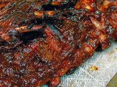 Crazy sticky ribs by Gordon Ramsey Sticky Ribs Recipe, Sticky Pork Ribs, Gordon Ramsay, Rib Recipes, Cooking Recipes, Smoker Recipes, Yummy Recipes, Ketchup, Chefs