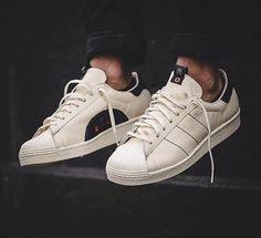 Kasina X Adidas Consortium Superstar 80s  White Core Black  Robes Vintage 31af44951