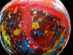 L'arte di Vittorio Amadio: Giro, giro tondo. Quanto sono belli i mondi grandangolari di Vittorio Amadio