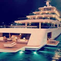 A huge yacht party