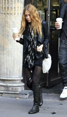Mary-Kate Olsen | Alexander McQueen skull scarf #style #fashion #olsentwins