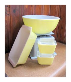 Yellow Pyrex Set: 404 Mixing Bowl, 2 small 501 Refrigerator Dishes with Lids, 913 Loaf Pan, Vintage Kitchen, bakeware, meatloaf, bread pan on Etsy, $38.00