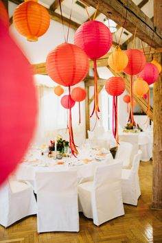 Lampions in pink und orange #Dekoration #Hochzeit #Wedding