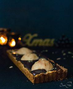 Mein Dessert des diesjährige Weihnachtsmenüs *All I want for christmas* ist eine verdammt leckere Birnen-Schokoladen-Karamell-Tarte.