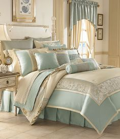 Master bedroom?  Love these beachy seaglass colors.  it's about time for a beach day--www.floridabeachbums.com