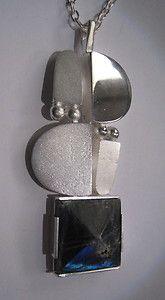 Jorma Laine spectrolite version Metal Necklaces, Vintage Jewellery, Crowns, Jewerly, Modern Design, Silver Jewelry, Ornament, Jewelry Design, Bronze
