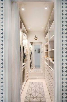 Renovate the furnishing by using some walkin closet Pictures of Best Small Walk-In Closet Design Ideas Remodel Pictures Walk In Closet Design, Bedroom Closet Design, Master Bedroom Closet, Bathroom Closet, Closet Designs, Bedroom Small, Vanity In Closet, Custom Walk In Closets, Family Bathroom