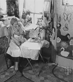 Journal of Art history article - ORDINARY EFFECTS: Folk Art, Maud Lewis, and the Social Aesthetics of the Everyday.