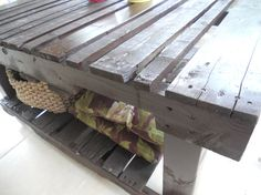 Upcycled pallet table ! - 1001 Pallets
