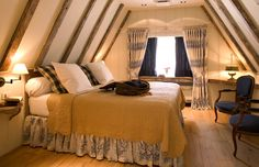 Bedroom in the half-timbered Relais Bourgondisch Cruyce, Legendary Boutique Hotel in Bruge.
