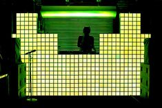 Illuminated tiles covered the DJ booth. The tiles changed colour and later became an equalizer that moved with the music.